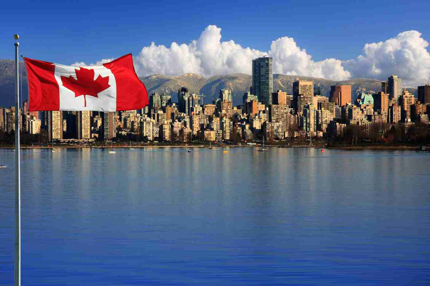 Depositphotos 15656821 l 2015 1 1 - Work in Canada - Facts You Need To Know