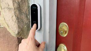 qBLFAvyfKHcUnwPd893UwK 1 300x169 - Must Have This Gadget- Smart Wireless Doorbell Camera